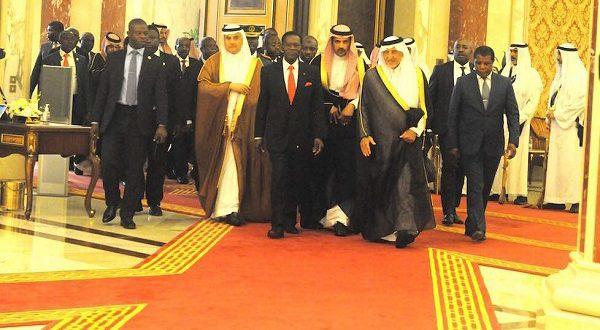 Guinea Ecuatorial y Arabia Saudita reafirman su compromiso con los recortes de producción de petróleo