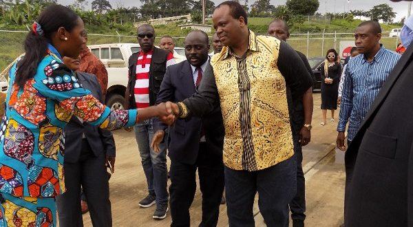 Visita de su majestad Mswati III a la planta